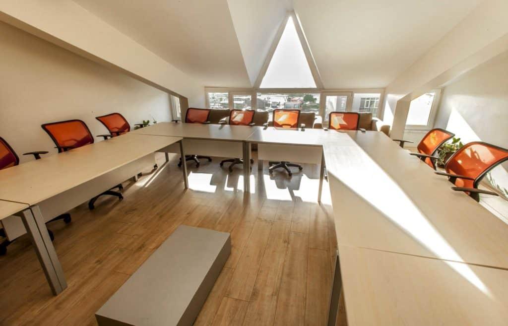 Bostancı | Hazır Ofis | Sanal Ofis | Toplantı Salonları