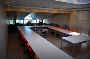 Heybeli toplantı salonu